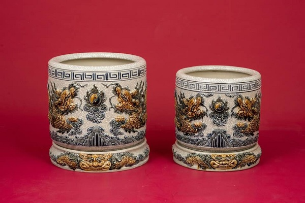 Lư Hương bằng gốm sứ Bát Tràng