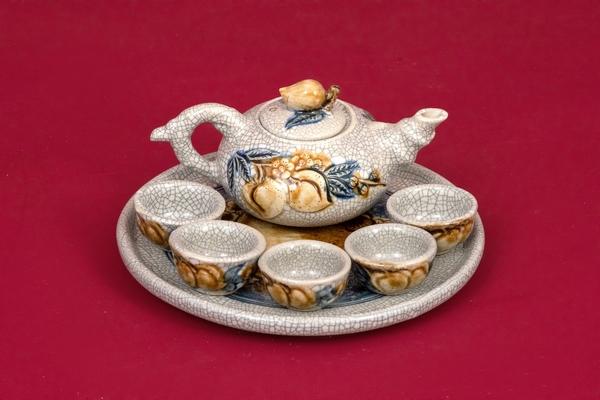 Bộ trà thờ đắp nổi men rạn cao cấp Bát Tràng