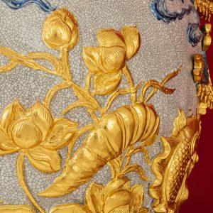 Bảo Bình Cá Chép Vượt Vũ Môn đắp nổi men rạn dát Vàng Cao Cấp Bat Tràng