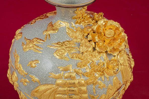 Bình hút lộc Thuận Buồm Xuôi Gió đắp nổi men rạn dát vàng cao cấp Bát Tràng