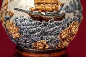 Bình hút tài lộc thuận buồm xuôi gió men rạn đắp nổi Bát Tràng 40cm