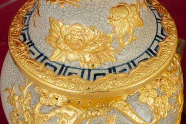 Chóe men rạn đắp nổi Phú Quý Trường Xuân dát vàng cao cấp Bát Tràng