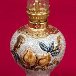 Đèn thờ váy tròn men rạn đắp nổi Đào cao cấp Bát Tràng